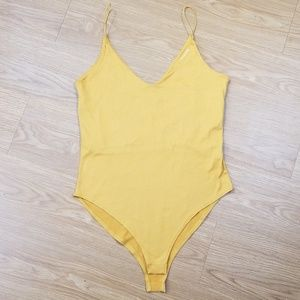 Gaze Mustard Yellow bodysuit size Small H13